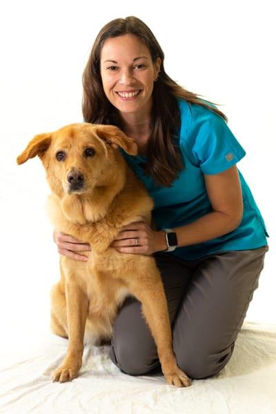Dr. Elizabeth Williams - Veterinarian and Rehabilitation Specialist